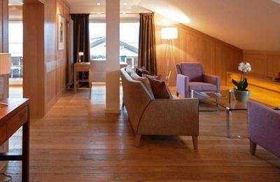 Wohnraum in der Suite Alpin