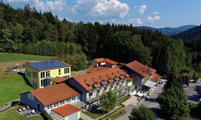 Luftaufnahme vom Hotelgelände des Reibener Hofs