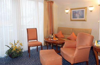 Wohnraum in der Spa Suite