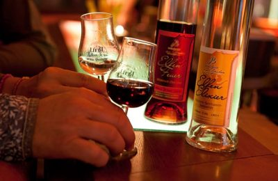Birkenhofs eigener Drink in der Nahaufnahme