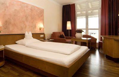 Bett im Einzelzimmer