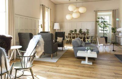 Dayroom mit Sitzgelegenheiten