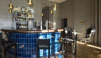 Blaue Bar im Hotel