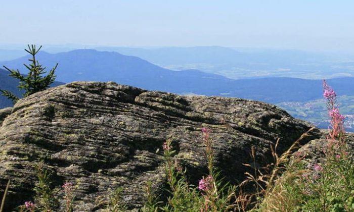 Fels und Berglandschaft