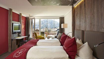 Bett im Zimmer Schwalbennest