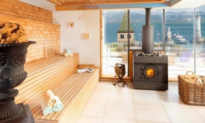 Sauna bei Tageslicht
