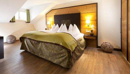 Bett in den Sommer Suiten