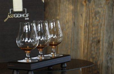 Cognac Gläser in der Nahaufnahme