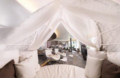 Himmelbetten im Relaxpavillon