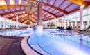 Großer Indoor Pool im Panoramahallenbad