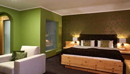 Wohnraum in der Suite Ludwig Lodge