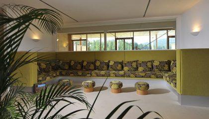 Sitzgelegenheiten im Spa exklusiv für Frauen