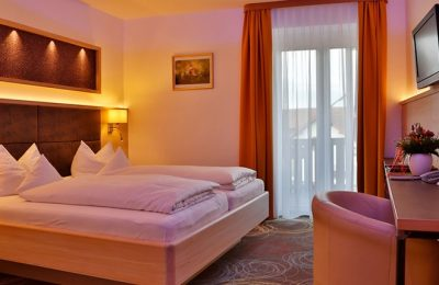 Bett im Doppelzimmer