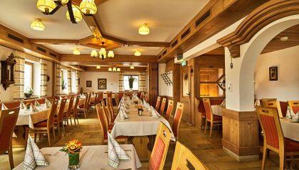 Restaurant im urig bayerischen Stil