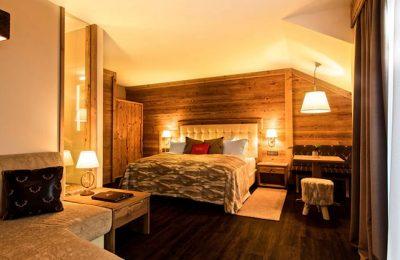 Bett im Doppelzimmer Hischenstein