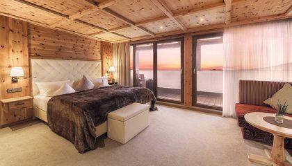 Schlafzimmer im Zirbenzimmer Abendrot