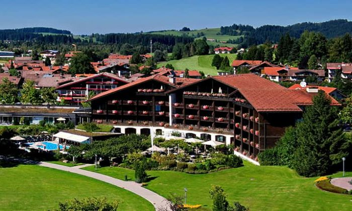 Außenansicht vom Lindner Parkhotel Oberstaufen