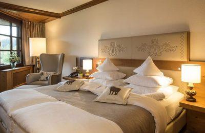Bett im First Class Doppelzimmer