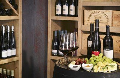 Großer Auswahl guten Weins