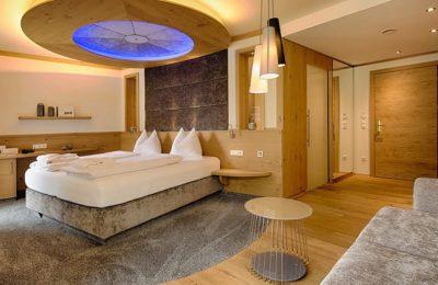 Bett im Zimmer Kuschelnest