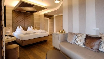 Bett im Zimmer Träumeland