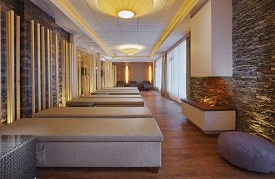 Zahlreiche Betten im Ruheraum