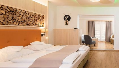 Bett in der Wald-Wellness-Suite