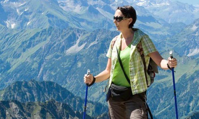 Frau wandert iim Allgäu