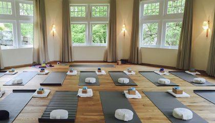 Raum für Yoga Übungen