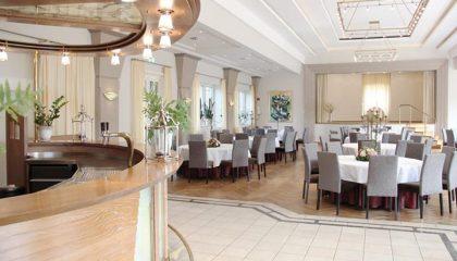 Großer Festsaal des Hotels
