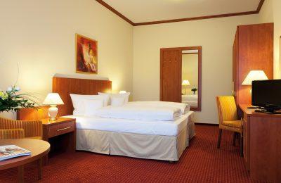 Bett in der 2 Raum Suite