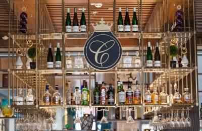 Getränke an der Bar in der Nahaufnahme