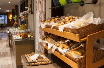 Brotauswahl am Buffet im Restaurant Alesta