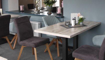 Tische im Restaurant Krutsander